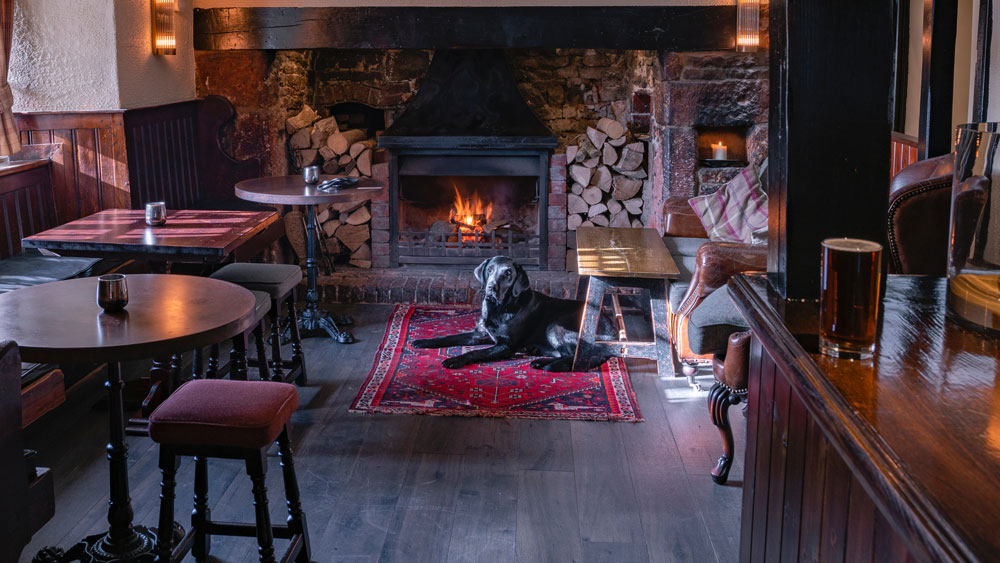 Maid In Chelsea Pubs & Restaurants Cleaning Services